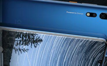 Orange-Neva-jet-5G-smartphone-PR.jpg