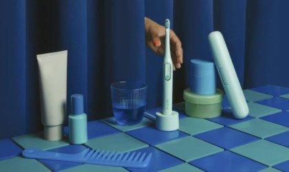 Colgate Hum Smart Electric Toothbrush