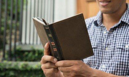 Twelve South BookBook for Kindle Paperwhite eReader