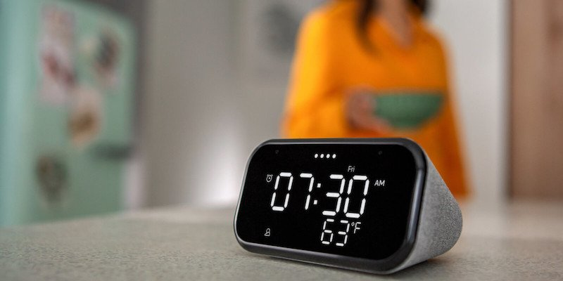 Lenovo Smart Clock Essential Voice Assistant