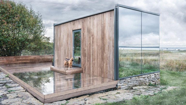 OOD mirrored house.