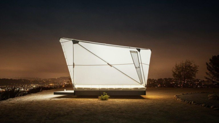 Jupe flat-packed shelter