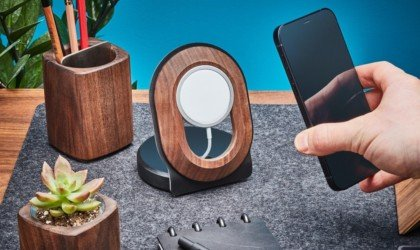 Grovemade Wood MagSafe iPhone 12 Stand