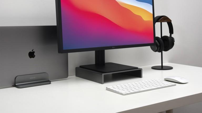 JOKItech Aluminum Vertical Laptop Stand